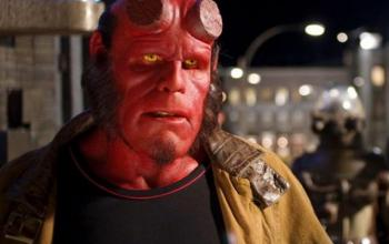Ron Perlman dice no al crowfunding per Hellboy 3