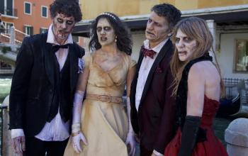 Sfilata di zombie al Festival di Venezia