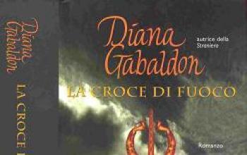 Con La croce di fuoco prosegue la saga Jamie Fraser e Claire Randall