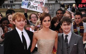 """Harry Potter e i Doni della Morte - Parte II: la """"world premiere"""" in diretta da Londra e tre nuovi video"""