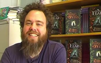 Patrick Rothfuss intervistato dai fan