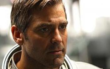 Brad Pitt e George Clooney in Italia. Ma l'ospite misterioso chi è?