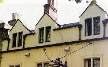 Il pub di Tolkien e Lewis trova un acquirente