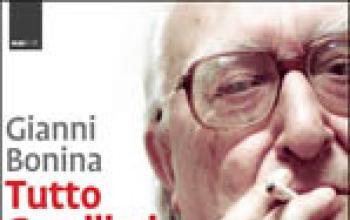 Un kolossal d'Egitto