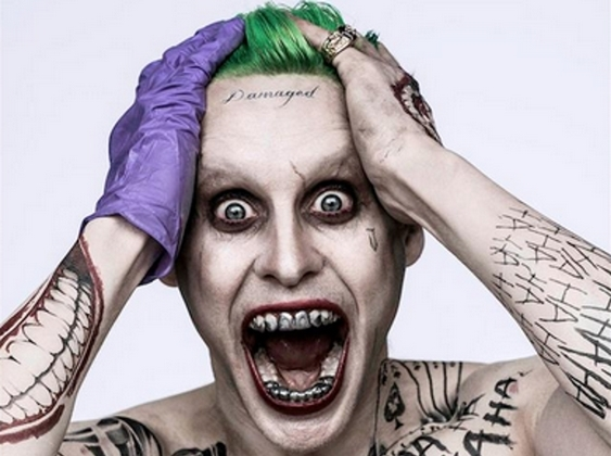 Il Joker (Jared Leto) in un'immagine ufficiale di Suicide Squad