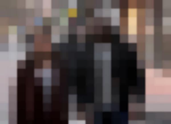 Rosario Dawson e Michael Colter in Luke Cage