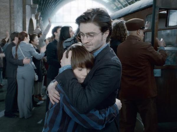 Una scena da Harry Potter e i Doni della morte – Parte 2. L'episodio, che conclude la saga letteraria e cinematografica, è diventato il punto d'inizio della rappresentazione teatrale Harry Potter e la maledizione dell'Erede.