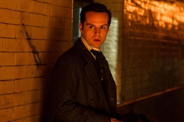 Andrew Scott in Victor