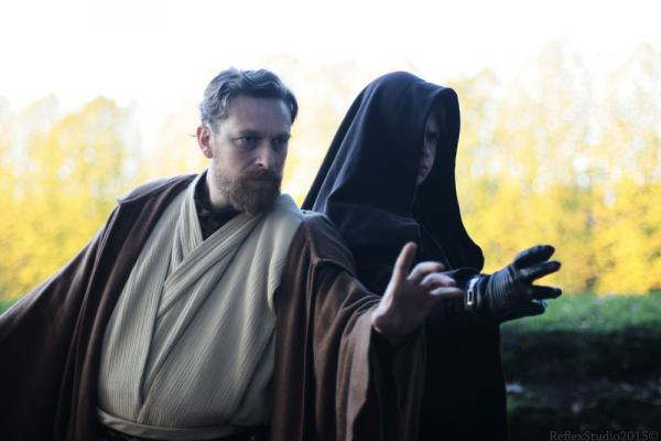 Cosplayer di Obi Wan Kenobi e Anakin Skywalker