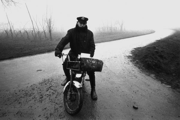 Gianni Berengo Gardin, Un paese vent'anni dopo, 1975