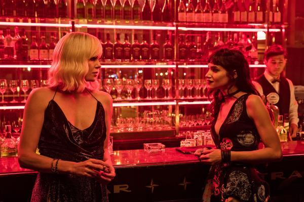 Charlize Therone e Sofia Boutella