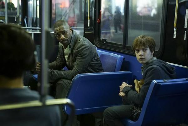 Idris Elba e Tom Taylor