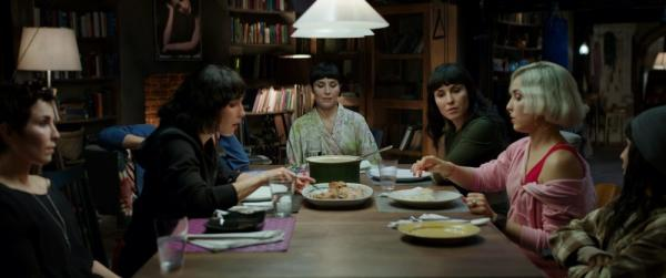 Seven Sisters, una scena.