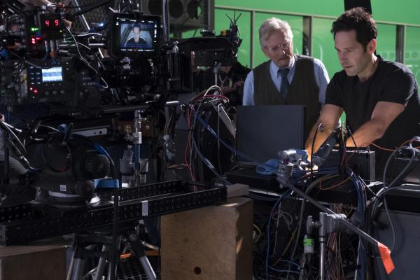 Michael Douglas e Paul Rudd sul set di Ant-Man and The Wasp