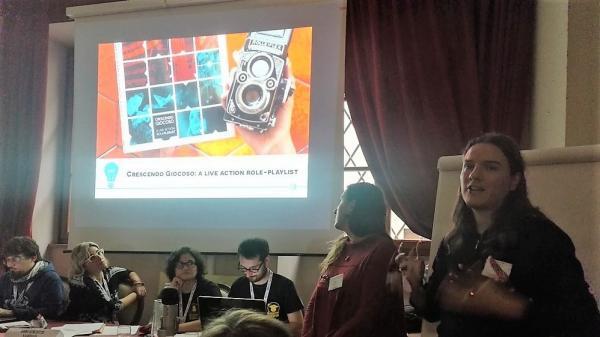 Maria Guarneri e Oscar Biffi al convegno degli autori di giochi di ruolo a Lucca Comics & Games.