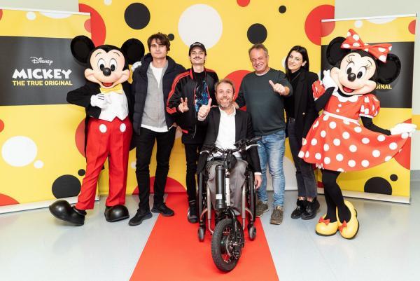 I VIP presenti all'inaugurazione.Da sinistra a destra:Angelo Duro, Fabio Rovazzi, Andrea Stella, Marco della Noce e Marilù Pipitone. (Foto: Cartella stampa)