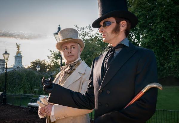 Michael Sheen e David Tennant interpretano rispettivamente Aziraphale e Crowley in Good Omens. (fonte: David-tennant.co.uk)