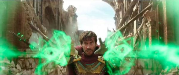 Jake Gyllenhaal è Mysterio in Spider-Man: Far from home (2019).