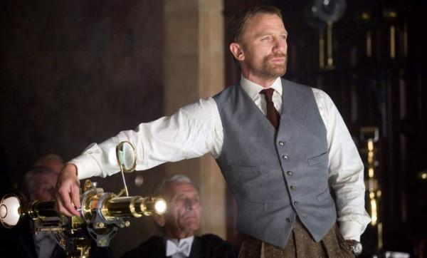 Daniel Craig è Lord Asriel