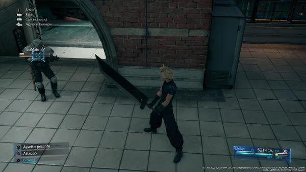 """In Final Fantasy VII Remake si può """"bloccare"""" il target su un nemico in modo da non perderlo di vista nelle azioni più concitate. Si imparerà in fretta a colpire, parare e schivare. Basta osservare i comportamenti di un paio di nemici e sarà più facile prevedere le loro mosse."""