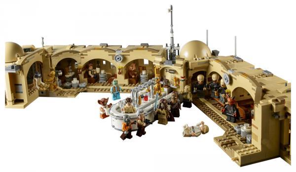 75290 LEGO Mos Eisley Cantina aperto