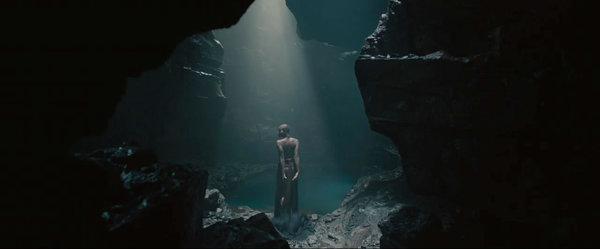 La donna misteriosa nel trailer di Avengers: Age of Ultron