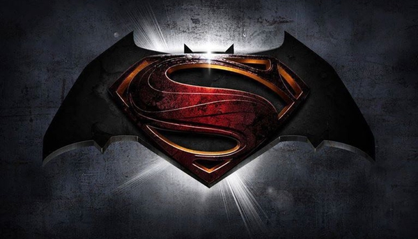 Il logo di Batman vs Superman