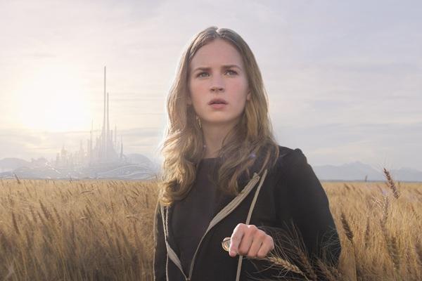 Britt Robertson in Tomorrowland - il mondo di domani