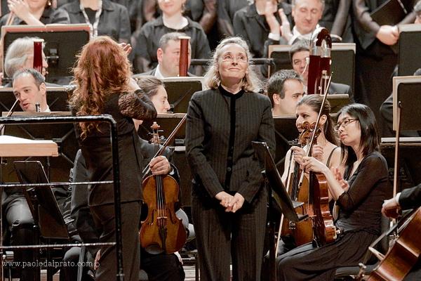 Erina Gambarini, Maestro del Coro