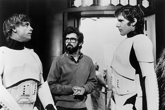 Mark Hamill, George Lucas ed Harrison Ford sul set di Guerre Stellari.