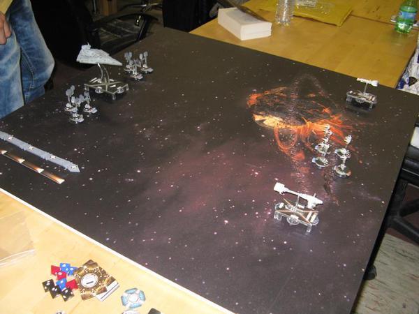 Le flotte si schierano in Star Wars: Armada