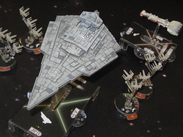 Concitati momenti durante la battaglia in Star Wars: Armada