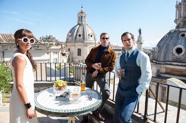 Armie Hammer (Illya Kuryakin), Alicia Vikander (Gaby Teller) e Henry Cavill (Napoleon Solo) in The Man From U.N.C.L.E.