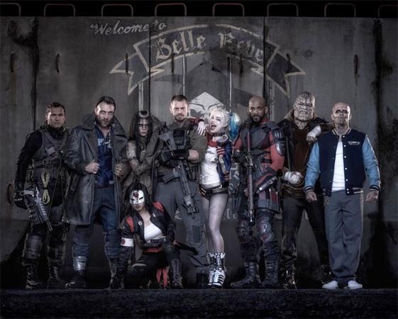 La prima foto ufficiale del cast di Suicide Squad