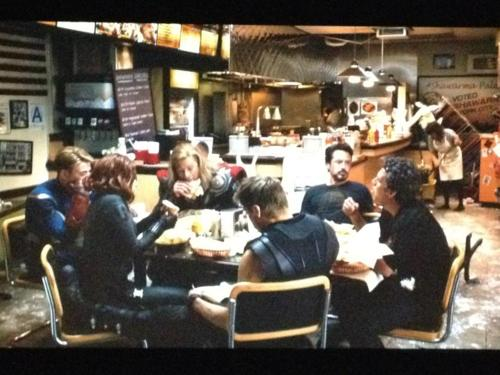 La scena after credits di The Avengers. Solo per gli Stati Uniti.