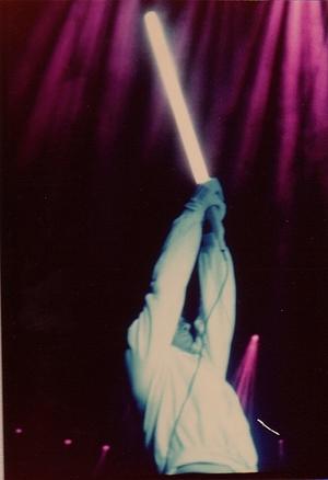 Peter Gabriel nel finale dell'esecuzione di Supper's Ready