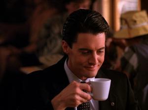 Kyle MacLachlan, l'Agente speciale Dale Cooper nella prima stagione di I segreti di Twin Peaks.