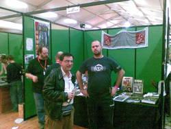Da sinistra, Luca Volpino (sullo sfondo), il nostro Salvatore Proietti e Jari Lanzoni
