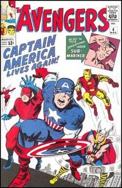 La copertina di Avengers n.4 con il ritorno di Capitan America.