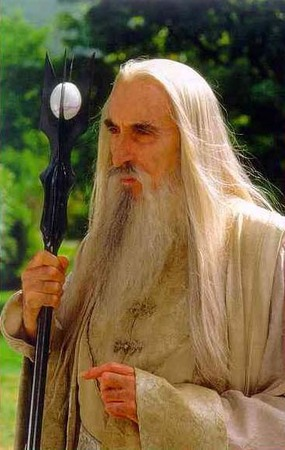Christopher Lee nel ruolo di Saruman