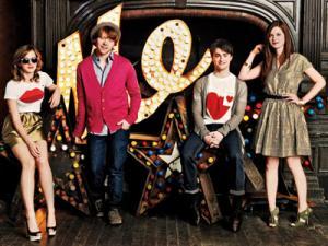 Daniel, Emma, Rupert e Bonnie in un set fotografico dal sapore vintage