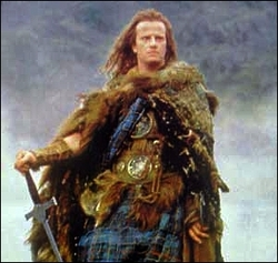 Christopher Lambert è Connor MacLeod, del clan MacLeod