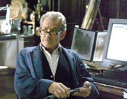 Ian McKellen nei panni del professor Leigh Teabing