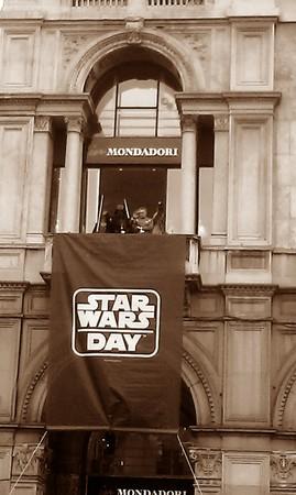 Darth Vader conquista Milano (Foto di Letizia Mirabile)