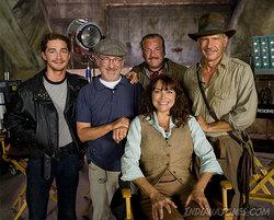 Amici vecchi e nuovi: il cast di Indiana Jones 4 e Steven Spielberg