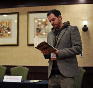 """Joe Abercrombie, in collaborazione con Mondadori, presenta a Lucca Games 2014 """"Half a King""""."""