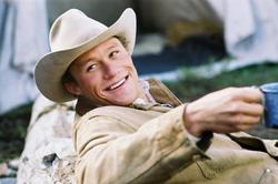 Heath Ledger cowboy gay in Brokeback Mountain