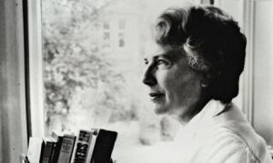 Mary Stewart