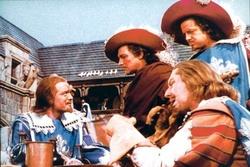 I tre moschettieri nella versione del 1948. Gene Kelly è D'artagnan.