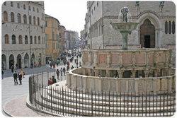 Perugia, Piazza IV novembre, Corso Vannucci e il Palazzo dei Priori